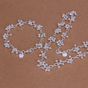 Set necklace and bracelet silver new without tag
